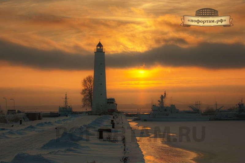 Деревянный маяк