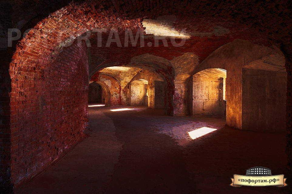 Второй орудийный ярус форта Александр 1