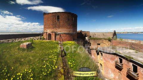 На крыше форта Александр I