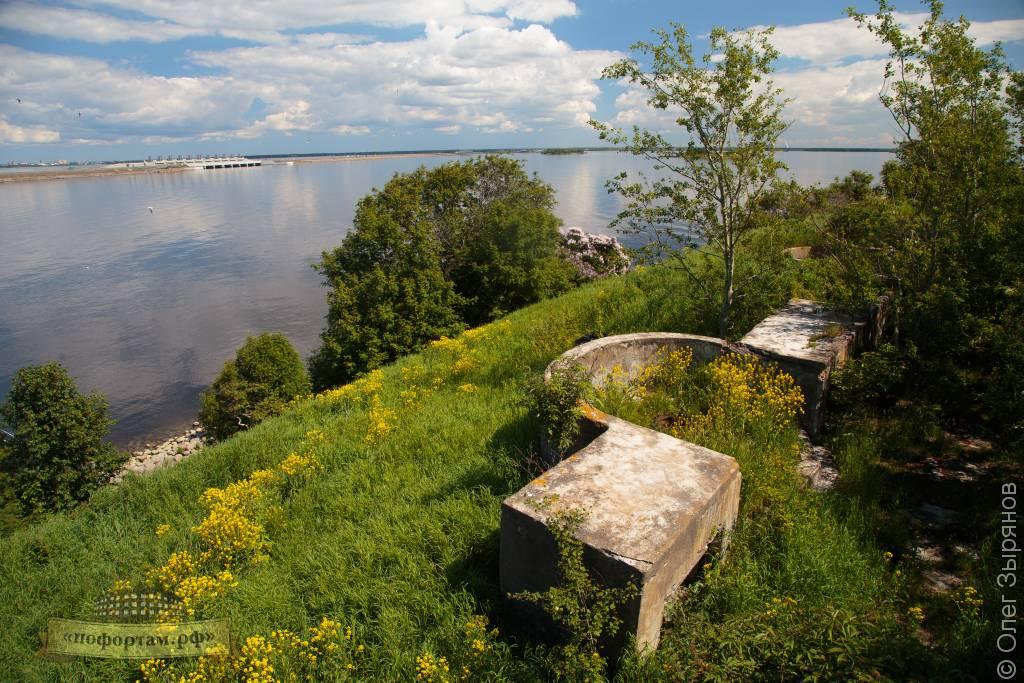 Линия противокатерной обороны на форту Зверев