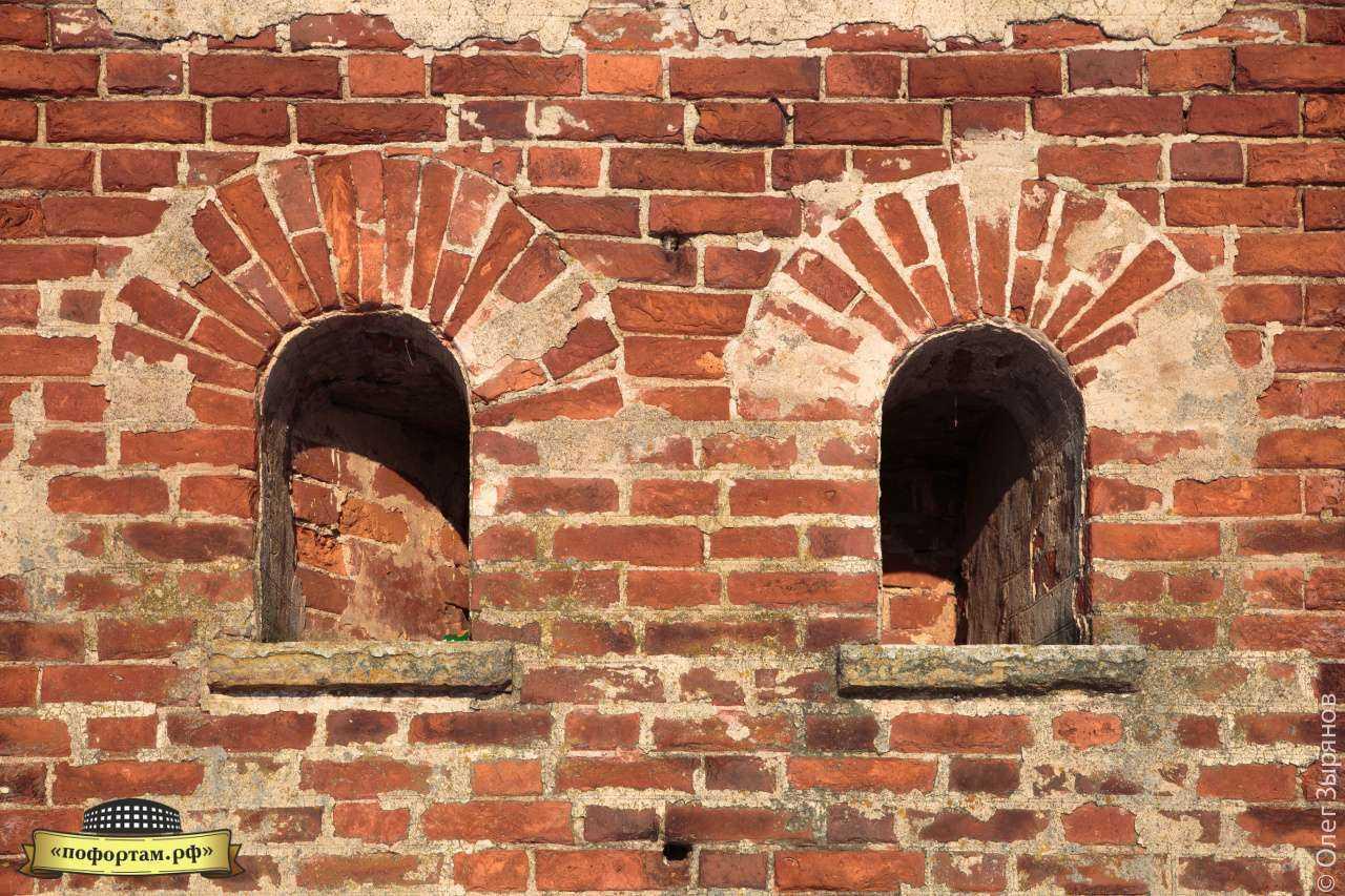 на крыше порохового погреба в Кронштадте