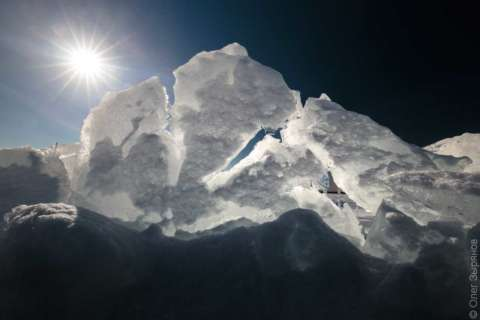 Ледяные торосы на побережье западного Котлина