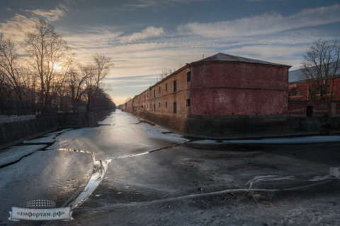 Кронштадт зимой: Адмиралтейство