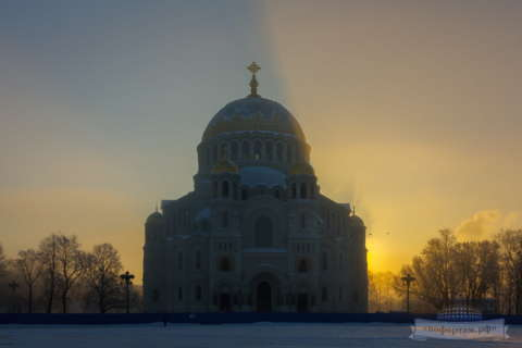 Кронштадт зимой: Морской собор