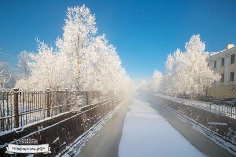 Кронштадт зимой: Обводный канал