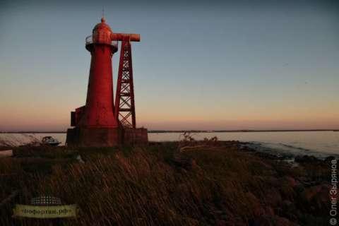 Экскурсия маяк «Кронштадтский»  (быв. «Николаевский» маяк)
