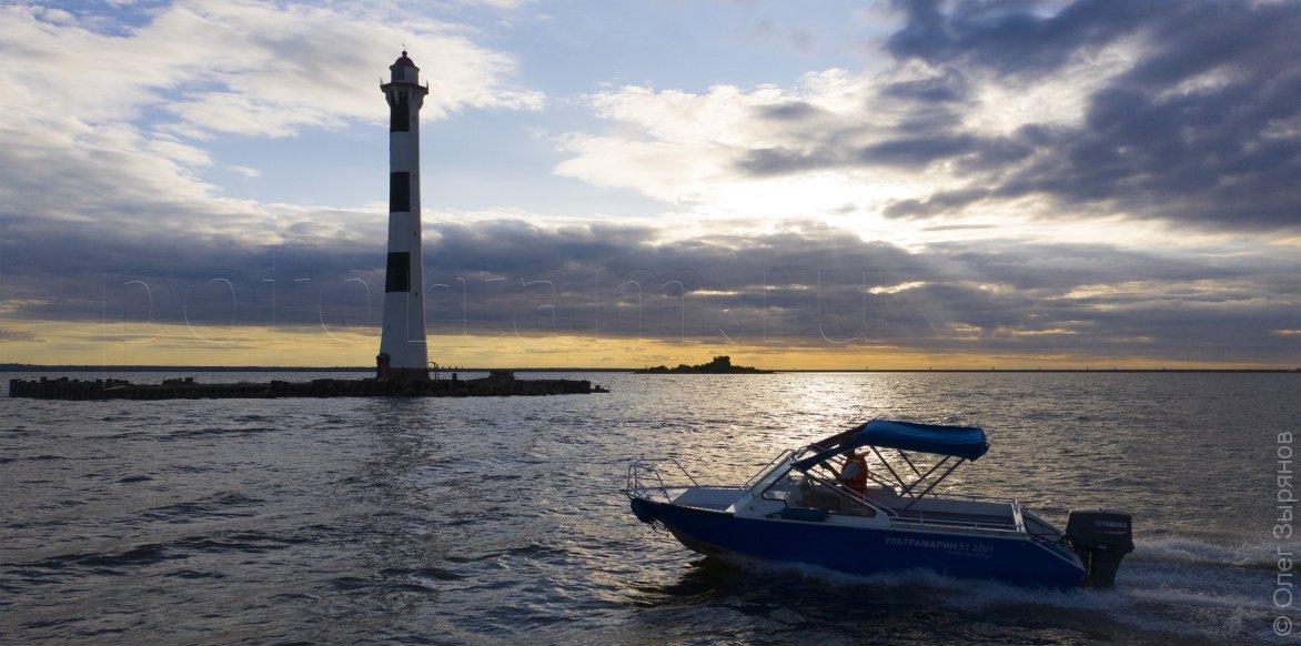 Морская экскурсия к маякам Кронштадта