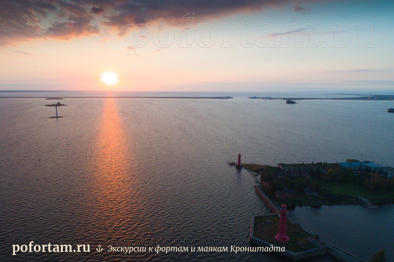 Cтворный маяк Николаевский: фото и описание